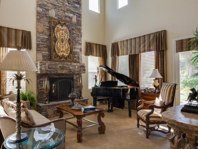 traditional-living room